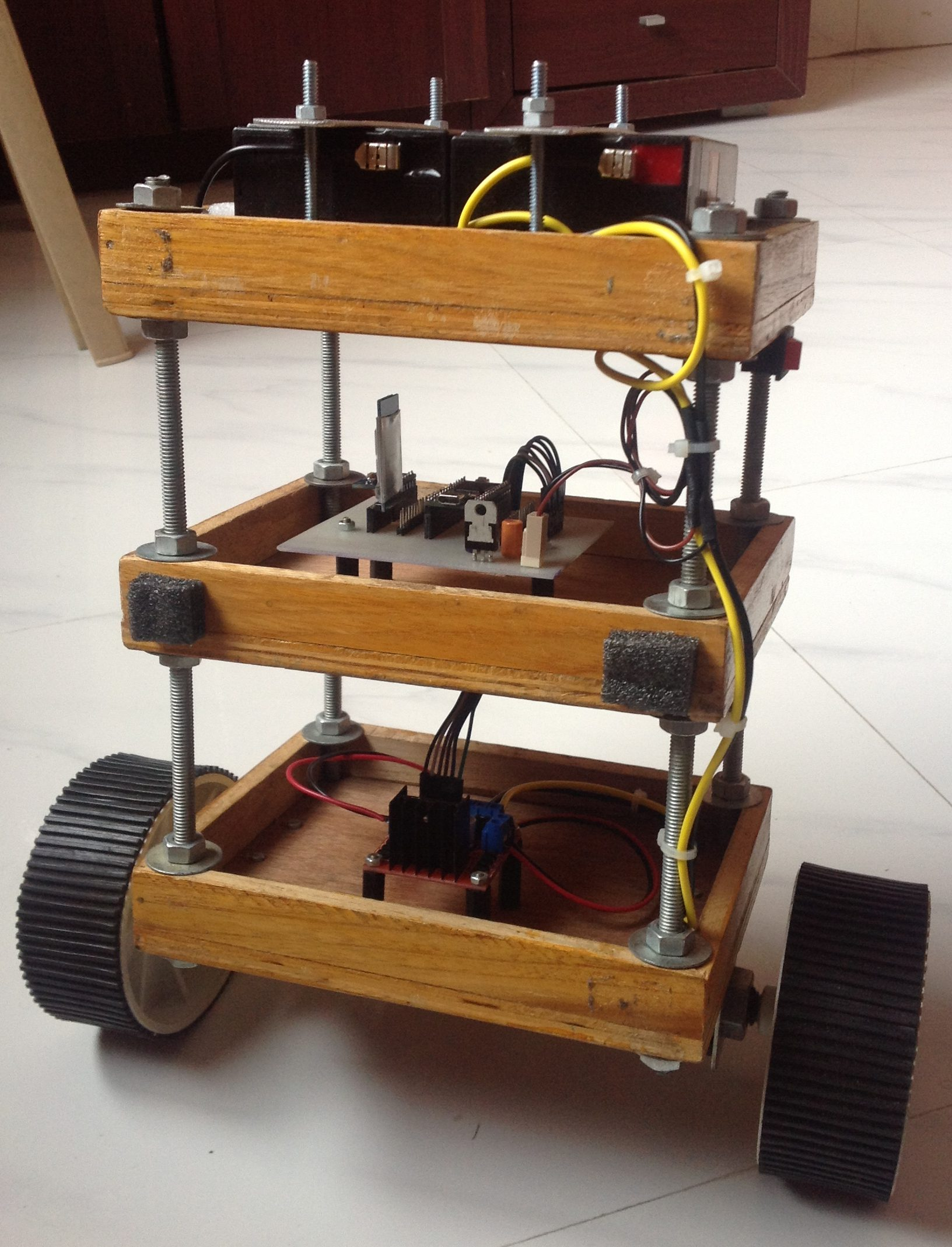 Read more about the article Completed! Mini Project – Self Balancing Robot (using Teensy 3.2)
